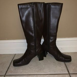 Nine & co. Dark brown leather riding boots size 7